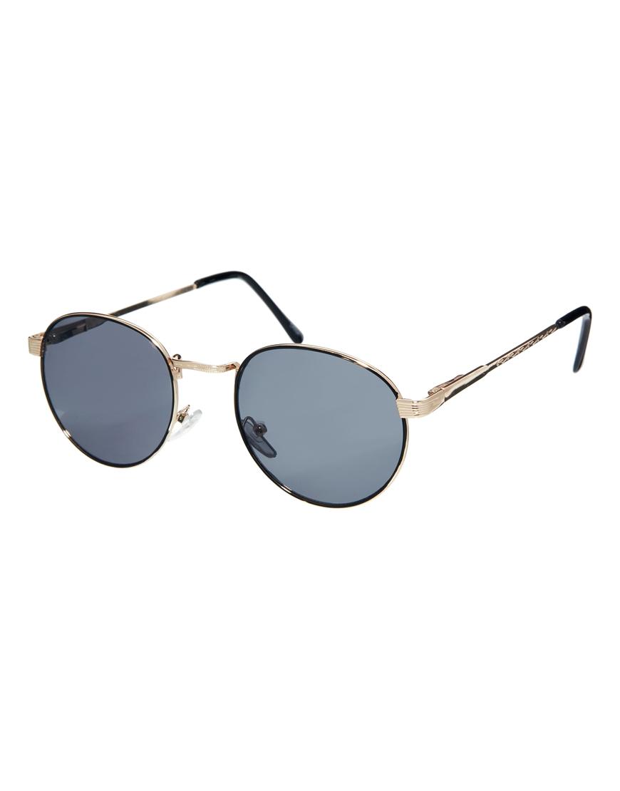 Gafas de sol redondeadas de AJ Morgan, mujer con gafas de sol