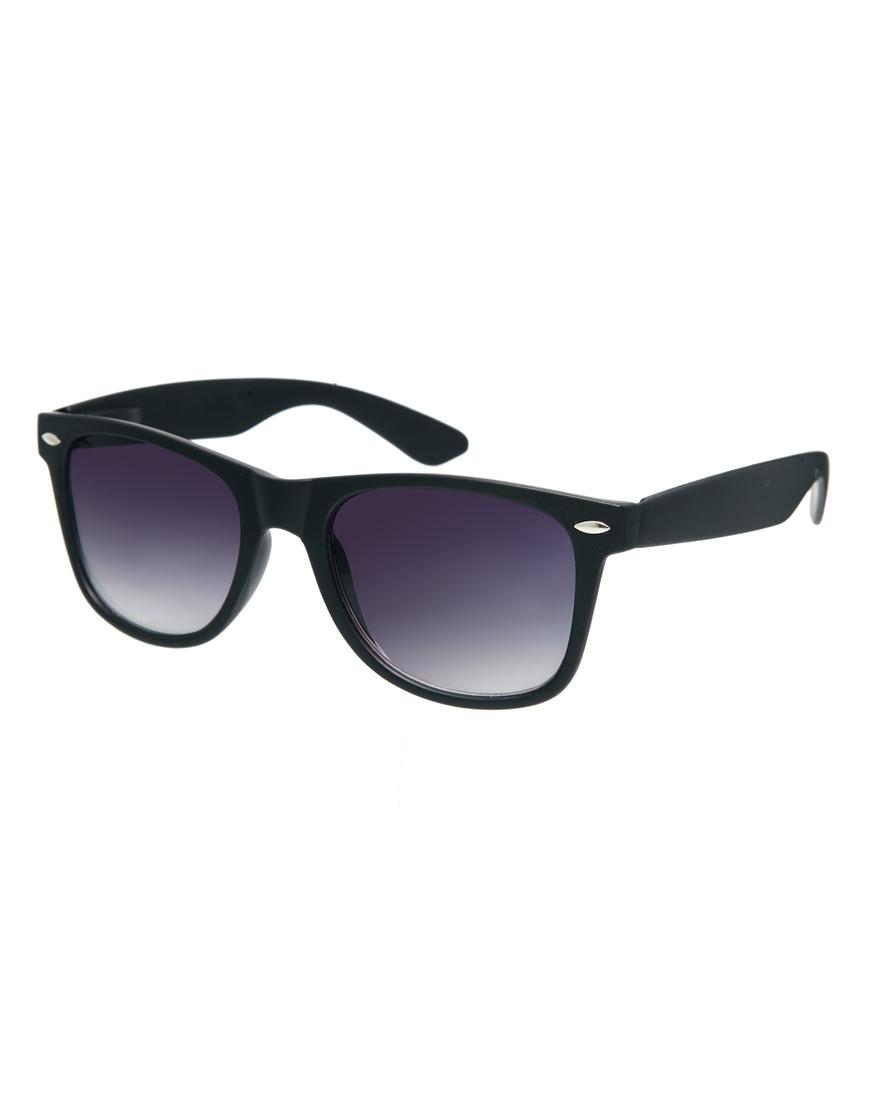 Gafas de sol retro con diseño mate , moda gafas