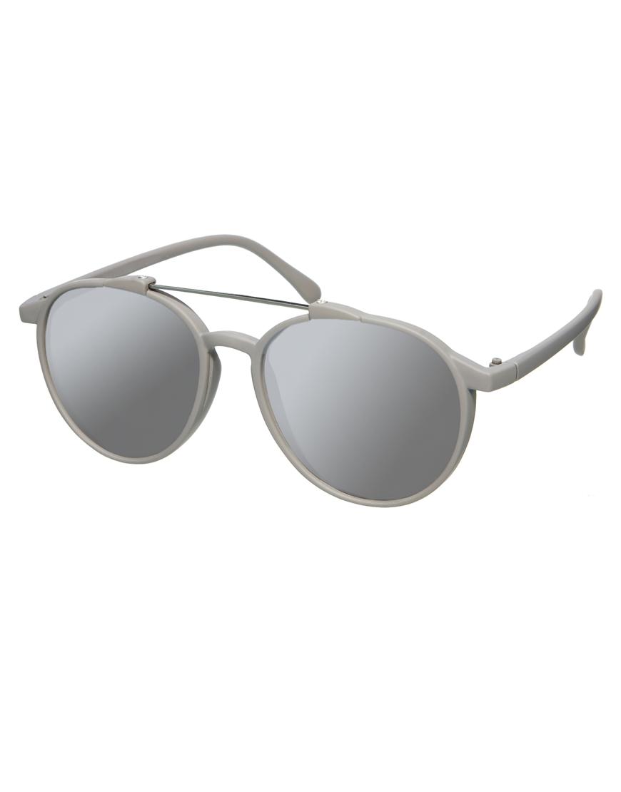 Gafas de sol estilo aviador con barra de goma gris