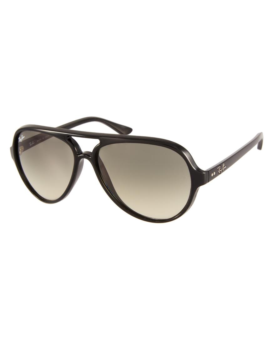 Gafas de sol estilo aviador en plástico negro de Ray-Ban